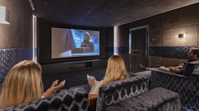 Ultima Grand Villa cinema